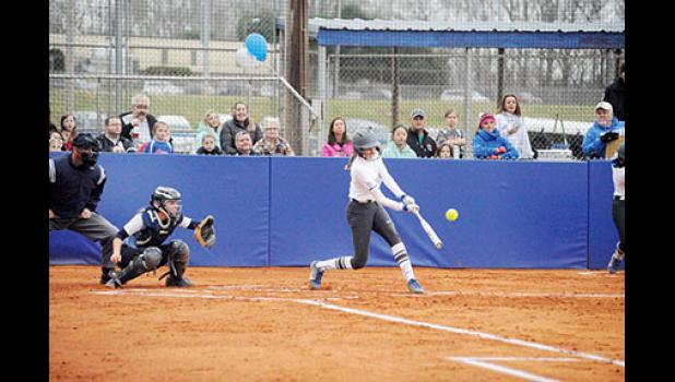 The defending champion Byrnes softball team remains undefeated in the region at 6-0.
