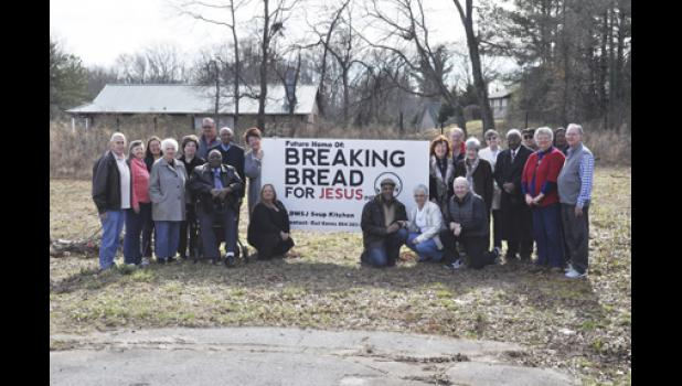 A new building for Breaking Bread for Jesus will be constructed at 108 Astor St. in Wellford. Pictured are: Gail Eanes, Pastor Wymond Wilkins, Kathy Young, Fred Coan, Brian McKnight Sr. , Pat McKnight, Mallory McKnight, Carolyn Downing, Nancy Webb, Pastor Curtis Smith, Brian McKnight Jr., Pastor Wendell Thompson Sr., Martha Bennett, Paula Patterson, Jerry McCue, Eulala Pace, Sue Garrett, Andrew Mims BOD, Joe Garrett BOD, Gail Bryant, Wellford Mayor Patricia Watson and Dean Bryant BOD.