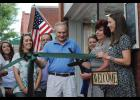 Cari's Creations and Home Décor, a home furnishings and accessories boutique located at 201 Trade St. in downtown Greer, cut the ribbon on its facility last Wednesday.